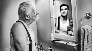 ¿Hasta cuándo eres joven y con cuántos años anciano? El debate sobre las etapas de la vida